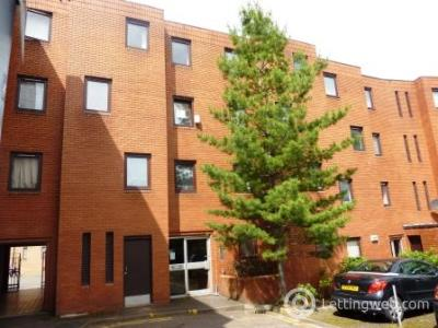 Property to rent in New City Road, Garnethill, Glasgow, G4