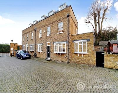 Property to rent in Elsworthy Rise, Primrose, London, NW3