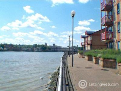 Property to rent in Caledonian Wharf, London E14