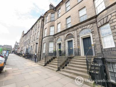 Property to rent in North Castle Street, Edinburgh, EH2