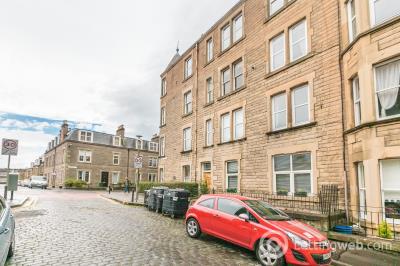 Property to rent in Merchiston Grove, Edinburgh EH11