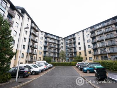 Property to rent in Drybrough Crescent, Edinburgh EH16