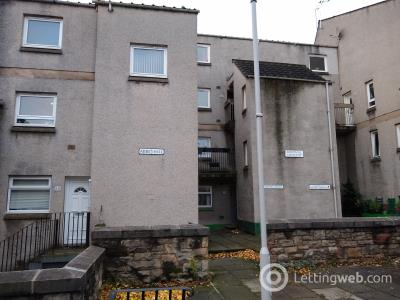 Property to rent in Abbeyhill Cresent, Edinburgh, Lothian EH8
