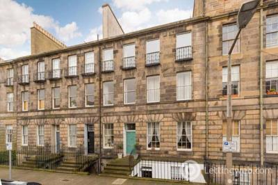 Property to rent in Broughton Place, Edinburgh, EH1 3RL