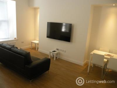 Property to rent in Union Street, Aberdeen, AB10