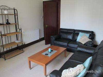 Property to rent in Roslin Street, First Left, AB24