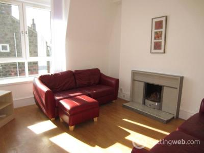Property to rent in Sunnybank Place, Aberdeen, AB24