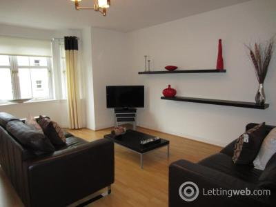 Property to rent in Albury Mansions, First Floor Left, AB11