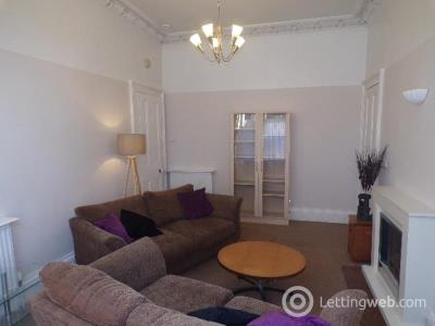 Property to rent in Holburn Street, Aberdeen,