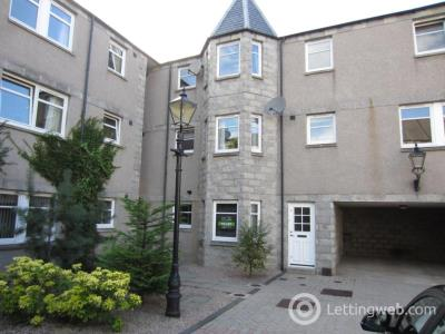 Property to rent in Broomhill Mews, Broomhill Road, AB10