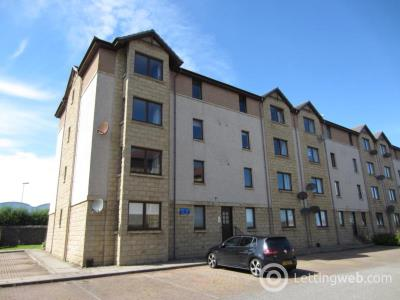 Property to rent in Links View, Top floor, AB24