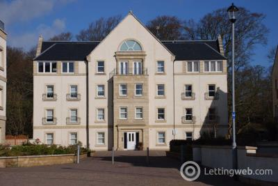 Property to rent in Harbour Square, INVERKIP