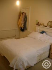 Property to rent in Tay Street