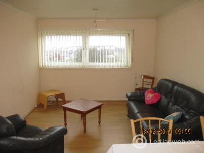 Property to rent in Calder Drive