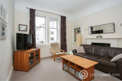 Property to rent in Roseburn Place