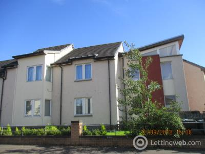Property to rent in CASTLEVIEW TERRACE