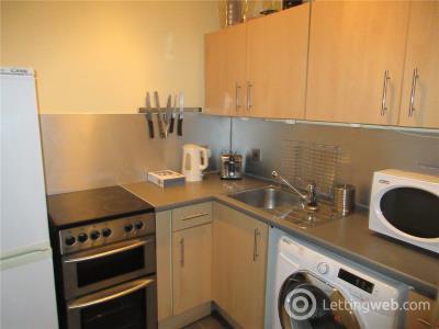 Property to rent in Gardners Crescent, Fountainbridge, Edinburgh, EH3