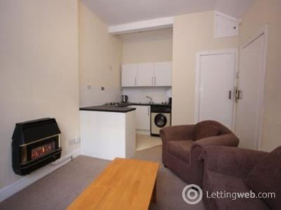 Property to rent in Springwell Place, Dalry, Edinburgh, EH11