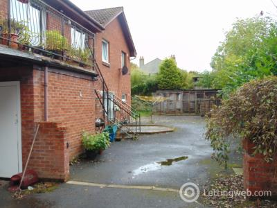 Property to rent in Mill Road, Bathgate, West Lothian