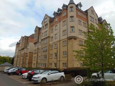 Property to rent in Eagles View, Livingston