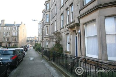 Property to rent in Comely Bank Place, Edinburgh