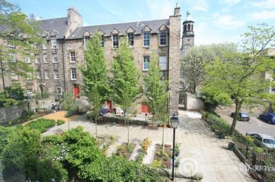 Property to rent in Blackfriars Street, Edinburgh