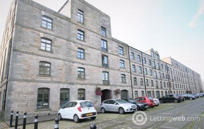 Property to rent in Commercial Street, Edinburgh