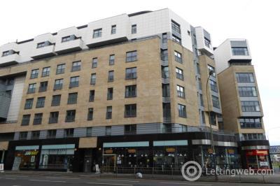 Property to rent in 12 High Street, Glasgow, G1 1NL