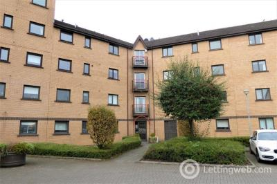 Property to rent in 8 Riverview Gardens, Glasgow G5 8EL