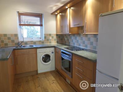Property to rent in Budhill Avenue