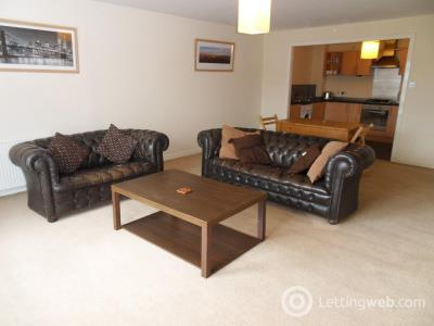 Property to rent in Finlay Drive