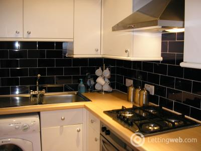 Property to rent in Bredisholm Road