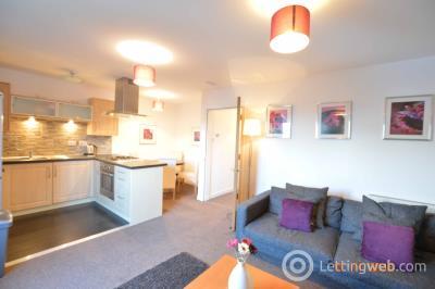 Property to rent in Firpark Close, Parade Park, Dennistoun, Glasgow, G31