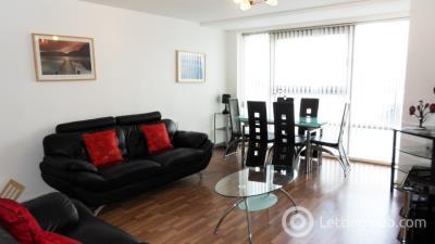 Property to rent in Queen Elizabeth Gardens, New Gorbals, Glasgow, G5