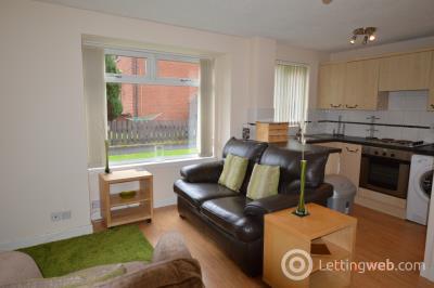 Property to rent in Mccallum Gardens, Bellshill, Lanarkshire, ML4