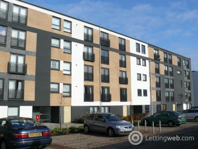 Property to rent in Firpark Court, Parade Park, Dennistoun, Glasgow, G31