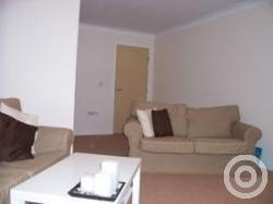 Property to rent in Roslea Drive