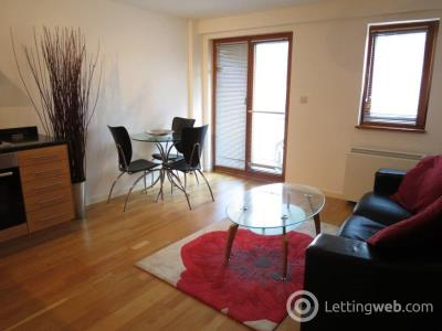 Property to rent in Parkers Apartments, 109-113 Corporation Street, Green Quarter