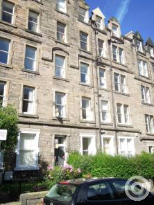 Property to rent in 19 Marchmont Crescent
