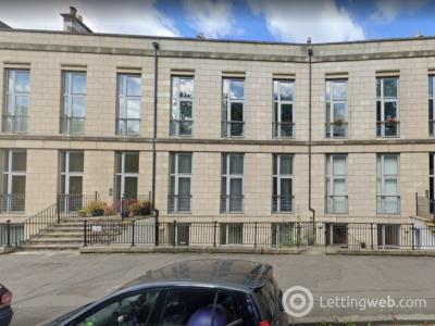 Property to rent in Hopetoun Crescent, Broughton, Edinburgh, EH7 4AY