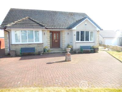 Property to rent in 41 Howe's Way Carstairs Junction