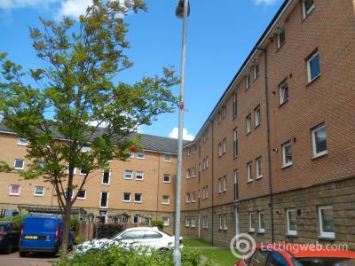 Property to rent in 0/2 149 Paisley Road West