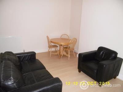 Property to rent in Bellefield Avenue, West End, Dundee, DD1 4NH