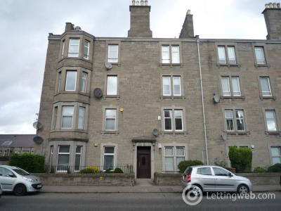 Property to rent in Clepington Road, Dundee, DD3 8BB