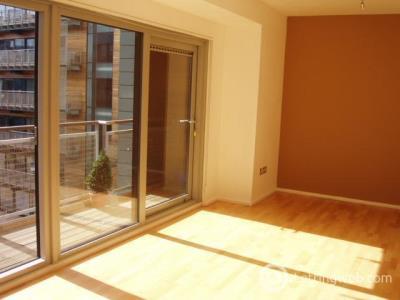 Property to rent in Breadalbane Street