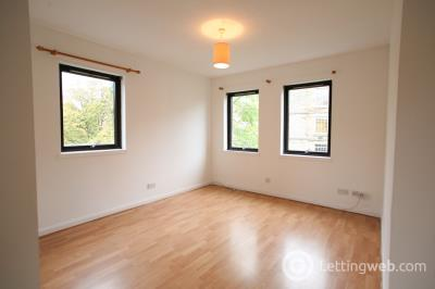Property to rent in Sandport