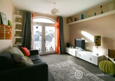 Property to rent in Browns Close, Old Town, Edinburgh, EH8 8BT