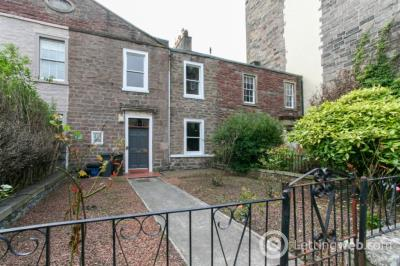 Property to rent in Upper Gilmore Place, Bruntsfield, Edinburgh, EH3 9NW