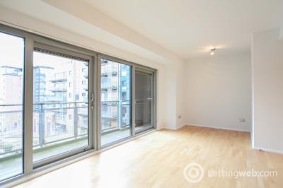 Property to rent in Breadalbane Street, Leith, Edinburgh, EH6 5JJ
