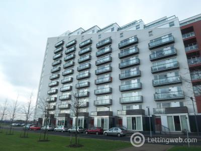 Property to rent in Glasgow Harbour Terrace 303 flat 8/2